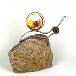 Schnecke auf Stein Gelb, rot-orange, braun-rose, Kristall