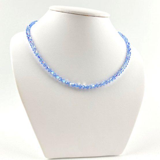 Schmuck- Ketten aus Swarovski®Kristallen hellblau